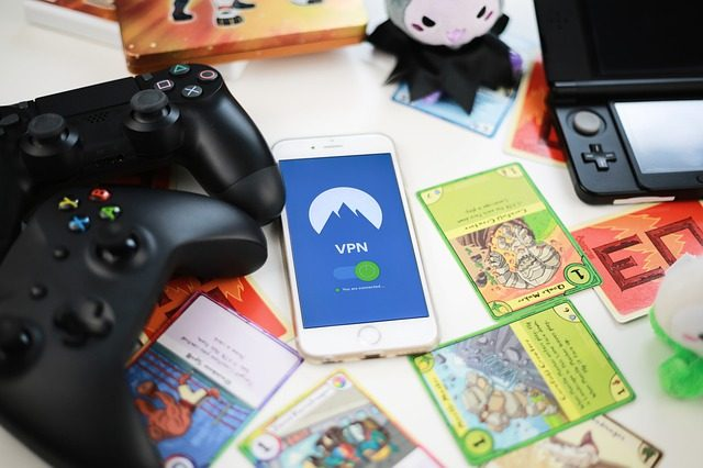 The Pros of Online Gaming • Green Moms Network The Pros of Online ...